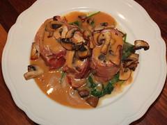 Pork tenderloin stuffed with prunes (La belle dame sans souci) Tags: porkloin porktenderloin mushrooms prunes jambon spinach creamsauce frenchfood frenchcuisine frenchcooking pruneaudagen pruneau agenprunes