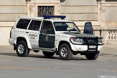 Guardia Civil (rivarix) Tags: policeman policeofficer lawenforcement cops guardiacivil spanishcivilguard gendarmerie policecar policevehicle nissanpolicecar