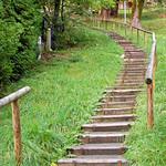 Mittenwald - Ortsmitte (62) - Stufe für Stufe hoch zum Kalvarienberg thumbnail
