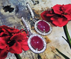 Mornign dew on roses- a metaphore (V and the Bats) Tags: silver handmade jewelry earrings gem jewel gemstone rubies metaphore handmadejewelry preciousstone 925sterlingsilver cabochonrubies mornigndewonrosesametaphore mornigndewonroses