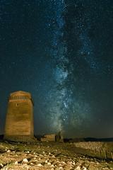 Tower Milky Way (borjamuro) Tags: sky night way stars noche nikon long exposure cielo estrellas nocturna milky vía láctea nerpio d7100