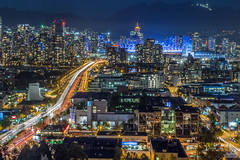 Vancouver View from City Hall Roof (jennchanphotography) Tags: city nightphotography light sunset panorama night vancouver buildings lights downtown cityhall trails landmark event daytime iconic vancity jennchanphotography doorsopenvan