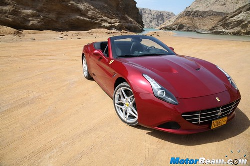 2015-Ferrari-California-T-13