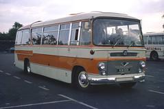 B5555D House DT 936ECE Salisbury 2 Sep 76 (Dave58282) Tags: house bus dt shamrockrambler 936ece
