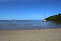 Garners Beach (176) Catamarans (sixdos) Tags: canon queensland missionbeach tropicalnorthqueensland farnorthqueensland garnersbeach canoneos7dmarkii missionbreaze