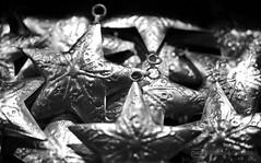 b/w challenge 355 / 365 (photos4dreams) Tags: christmas xmas bw white black metal silver weihnachten stars sw metall schwarz weihnacht sterne silber weise weis photos4dreams photos4dreamz p4d paperchristmasworld2015p4d