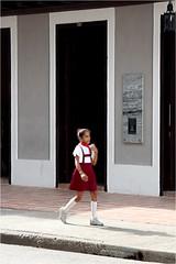 Bayamo (P-O Alfredsson) Tags: uniform cuba schoolgirl pupil kuba bayamo elev skolflicka