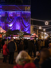 P1720424 Detmolder Advent 2015 (tottr) Tags: weihnachten december advent weihnachtsmarkt laser dezember lasershow weihnacht marktplatz openair lightart 2015 umsonstdrausen umsonstunddrausen detmolderadvent uweacker