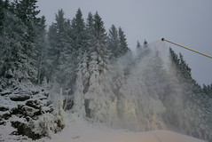 White christmas in Oslo (Odd Stiansen) Tags: snow oslo norway desember sn tryvann snowmaking skisenter vinterpark snkanon