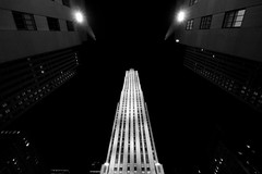 30 Rock... (RALPHKE) Tags: newyorkcity travel usa newyork architecture america canon buildings blackwhite skyscrapers unitedstates manhattan rockefellercenter american highrise artdeco rockefeller 30rock rockefellerplaza gebuilding midtownmanhattan highrisebuildings comcastbuilding canoneos750d