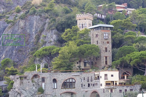 """Cinque terre - Monterosso al mare • <a style=""""font-size:0.8em;"""" href=""""http://www.flickr.com/photos/104879414@N07/29614578094/"""" target=""""_blank"""">View on Flickr</a>"""