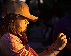 Shooting the sunset (ferreira.ajbf) Tags: sunset goldenhour glodenlight light portrait sidelight shadow lightandshadow color sun people