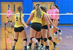 IMG_10386 (SJH Foto) Tags: girls volleyball high school lampeterstrasburg lampeter strasburg solanco team tween teen east teenager varsity huddle cheer