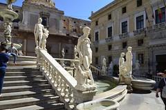Palermo fontana pretoria (domenico.coppede) Tags: sicilia agrigento templi noto armerina napoli selinunte segesta erice concordia ortigia siracusa cefal vulcano etna