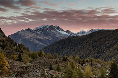 Arriva la luce (cesco.pb) Tags: passodelsempione simplonpass alps alpi switzerland svizzera canon canoneos60d tamronsp1750mmf28xrdiiivcld montagna mountains alba dawn