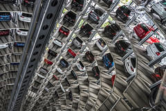 Cars Cars Cars ... (Blende1.8) Tags: turmfahrt wolfsburg autostadt vw volkswagen cars car auto autos lager carstenheyer turm tower aufzug elevator linien lines colors colours sony ilce7m2 a7m2 a7ii zeiss variotessar16354za 1635mm alpha