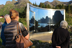 """Uten Tittel"" (""Untitled"") - Dan Graham, 1996 (4) (Phil Masters) Tags: 21stjuly july2016 norwayholiday norway utentittel untitled dangraham sculpture mirror tourists vgan vagan austvgya austvagoya austvgy austvagoy lofoten"