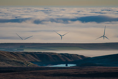 The Peak District and a blanket of fog (Tim Melling) Tags: temperature inversion ground peak district low cloud fog timmelling