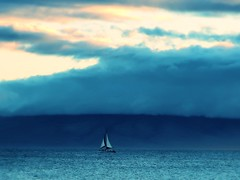 1 Solitude Definition (Mertonian) Tags: ocean solitude mertonian robertcowlishaw canon powershot g7x mark ii canonpowershotg7xmarkii quiet peaceful blues maui2016 maui island clouds sky dark waves sailing evening breezy melancholy acedia waiting gliding
