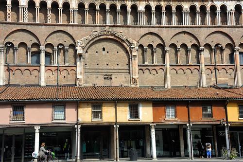 Ferrara, Logge dei Mercanti