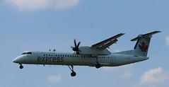 C-GGMI, Air Canada Jazz, Dash8-400 (Quistian) Tags: canon airplane rebel jazz yyz aircanada 2015 dash8400 cyyz t5i 201508 cggmi authorrps 20150816