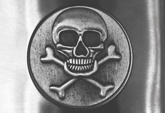 skull flask (L. Paul) Tags: blackandwhite macro monochrome metal silver skull flask skullandcrossbones