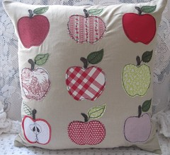 "Appley Dappley Cushion • <a style=""font-size:0.8em;"" href=""http://www.flickr.com/photos/21040086@N02/21070853881/"" target=""_blank"">View on Flickr</a>"
