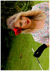 Paloma Teles (vanessaferfotos) Tags: florvermelha mulhereslindas palomatelles