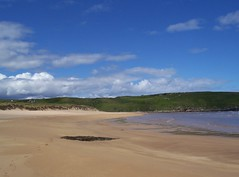 Strathy Bay, Strathy, Sutherland, July  2015 (allanmaciver) Tags: blue summer sky beach weather bay sand warm colours july scottish curve sutherland strathy allanmaciver