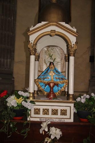 Expositor con la Virgen de Juquila, Capilla de la Natividad de la Virgen, Santuario de Ntra. Sra. de Loreto, Centro Histórico de la Cdad. de México, D.F.