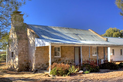 Martin's Well Cottage (Zonifer Lloyd) Tags: cottage hdr oldbuilding hawker blinman flindersranges wilpenapound 5xp southaustraliaaustralia martinswellstation