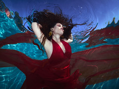 Red Dress (Oisin Gormally Photography) Tags: reddress underwaterphotography canons100 underwaterfashion underwaterfashionphotography swimmingpoolshoot inons2000 stainingsdorf austriapoolshoot reddressunderwater