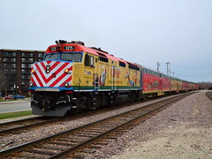 Merry Christmas from Metra! (Robby Gragg) Tags: north des pole plaines metra operation 125 f40ph3