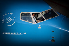 KLM PH-BXW  24-9-2016 (Enda Burke) Tags: avgeek aviation airplane av8 aero eham ams amsterdam panorama panoramaterrace cockpit pilot pilots departure 737 boeing boeing737 landing captain canon canon7dmk2 holland nederlands nederland schipol netherland netherlands phbxw