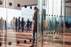 Elbphilharmonie Plaza: Auenplaza (kevin.hackert) Tags: architektur aussichtsplattform elbe elbphilharmonie elbphilharmonieplaza elphi hamburg kaispeicher kaispeichera konzerthaus plaza rundumblick wahrzeichen