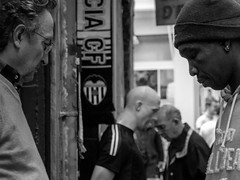 Look at me now (The Fresh Feeling Project*) Tags: elcarmen valencia portrait heads look street streetphoto streetphotography city gray grey composition noiretblanc blackandwhite bw bn blancoynegro diferencias people