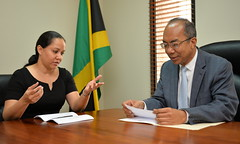 Dr. Horace Chang meets with the Organisation of American States Resident Representative