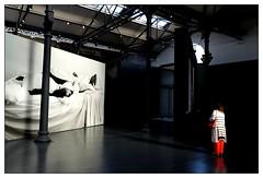 Le pantalon rouge (Pascal.M (bong.13)) Tags: ateliers darles arles art nikon d3200 people france provence bouchesdurhone