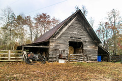 Barn - Dillard, Ga. (DT's Photo Site) Tags: vintage barn old rabun bettys creek road fall foliage country farm autumn october farming