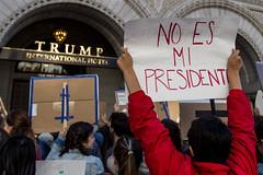 No Es Mi Presidente, Protesters outside Trump Hotel on Pennsylvania Ave, DC (Lorie Shaull) Tags: trump donaldtrump noesmipresidente election2016 notmypresident washingtondc hotel pennsylvaniaavenue trumpinternationalhotel