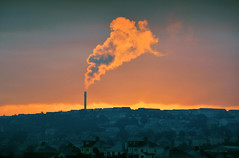 St Budeaux (jamiegaquinn) Tags: incinerator plymouth plymouthincinerator stbudeaux st budeaux smoke sunrise mvv energy from waste energyfromwaste dockyard houses pollution