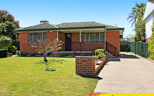 18 Munmora Place, Oxley Park NSW 2760