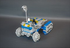 Classic space ATV-tank (3) (adde51) Tags: adde51 lego moc classic space classicspace atv tank vehicle moon