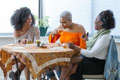 IMG_6167 (sabrinafvholder) Tags: women black african american natural hair ors commercial tea drinking girlfriends