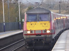 82226 arrives at Alnmouth (5/12/16) (*ECMLexpress*) Tags: virgin trains east coast 225 class 91 91103 82226 alnmouth for alnwick ecml