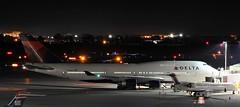 Delta Air Lines Boeing 747-451 N673US (MIDEXJET (Thank you for over 2 million views!)) Tags: wisconsin unitedstatesofamerica milwaukee boeing boeing747 747 747400 boeing747400 deltaairlines milwaukeewisconsin generalmitchellinternational n673us 747451 boeing747451
