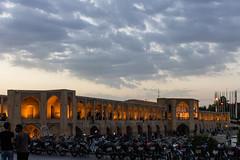 Isfahan - Ponte Khaju (Domenico Be) Tags: sunset iran isfahan khaju khajubridge canoneos1100d