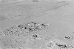 Qasr eth-Thuraiya (APAAME) Tags: aerialphotograph blackandwhite jadis2409002 megaj12768 megaj3072 oblique qasreththuraiya qasreththuraya scannedfromnegative thuraiya pleiades:depicts=697738 aerialarchaeology aerialphotography middleeast airphoto archaeology ancienthistory