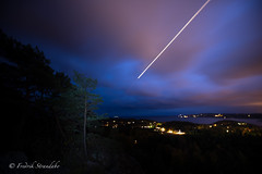 20151009-_DSC5540 (iphredrik) Tags: blue sky fall norway night plane dark lights norge october aeroplane trf dash fjord cph approach sandefjord vestfold inbound wideroe q400 widerøe ilovenorway wf312