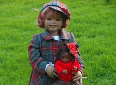 Sanrike mit Leleti ... (Kindergartenkinder) Tags: dolls annette himstedt kindergartenkinder leleti sanrike